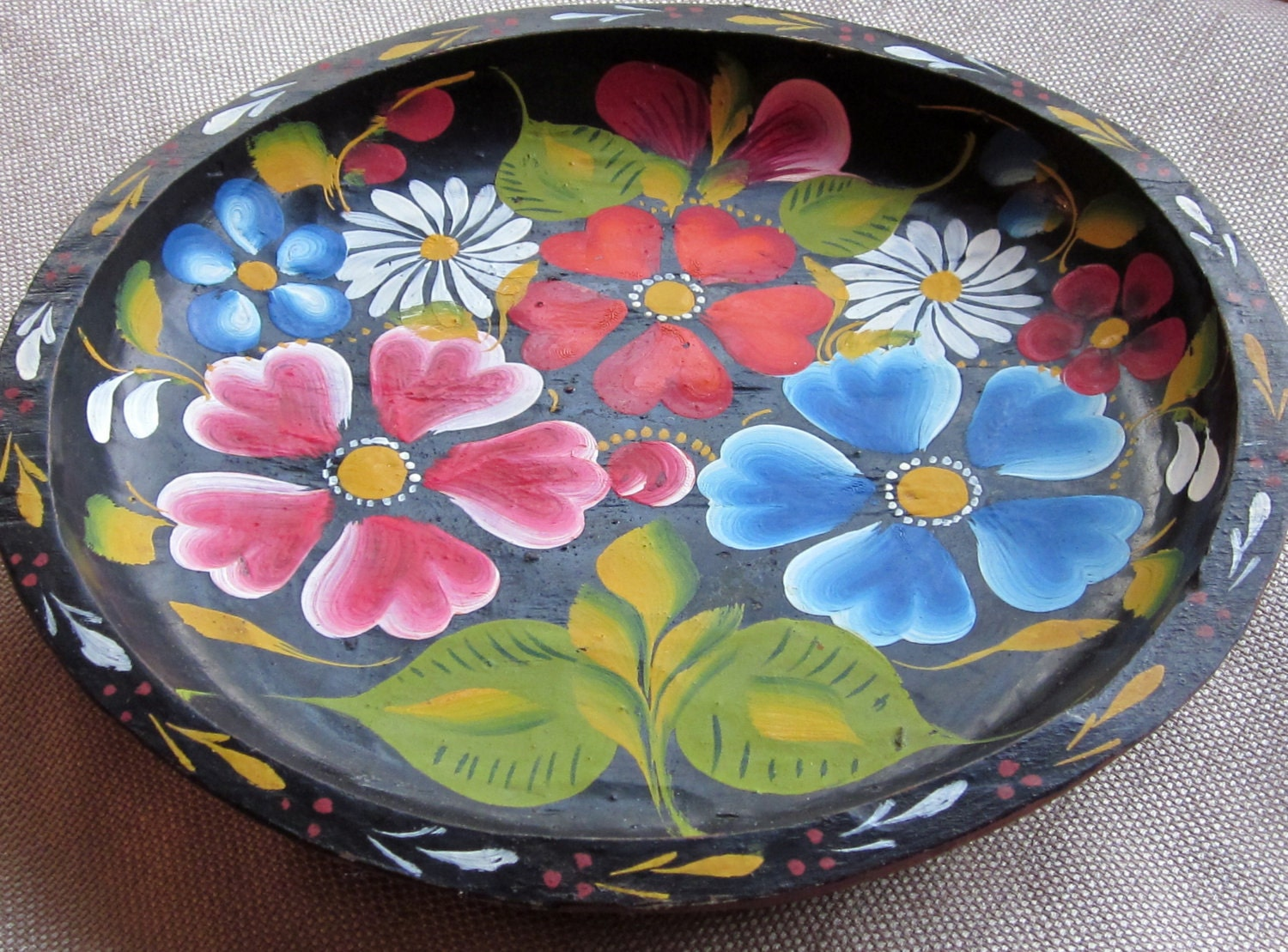Vintage Mexican Wooden Plate Bowl Hand Carved Amp Painted With
