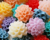 NEW EXCELLENT Quality Resin Rose Chrysanthemum Dahlia Flower Cabochon Flatback Mixed Lot of 10... 15mm