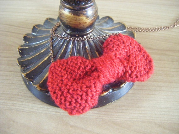 Maroon Bow tie necklace hand knitted