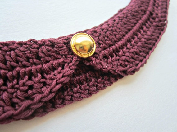 Burgundy, Maroon Peter pan collar, detachable crochet collar in Vintage and Nautical style