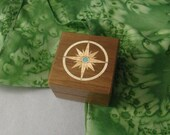 Ring box with inlaid compass of maple and turquois.  Free Shipping and Engraving. RB17