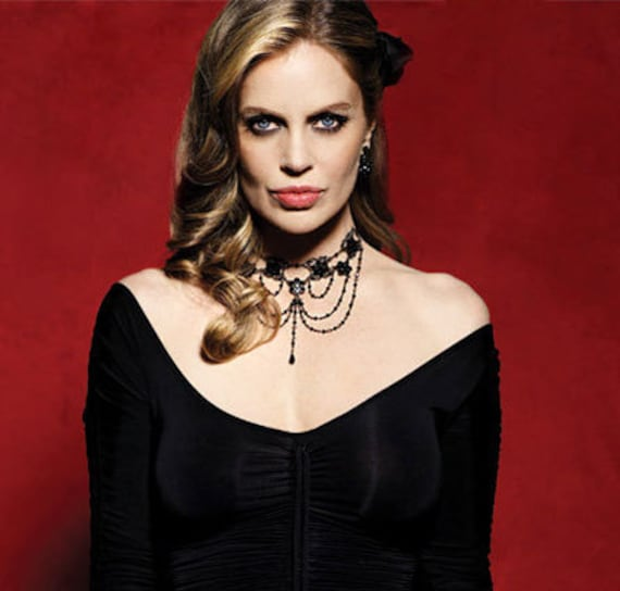 Kristin Bauers Signature Necklace as Pam on True Blood S1 Made with Black Jet Swarovski Crystals Black plated