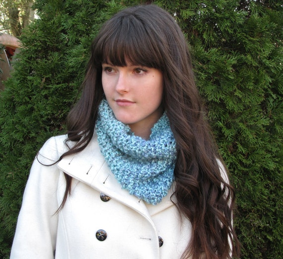Knitted Infinity Scarf Cowl, Turquoise Blue Ocean Circle Scarf