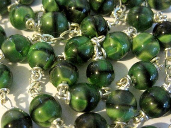 Vintage Spinach Swirl Green Glass Bead Chain Rosary Chain 30 Inches destash repurpose