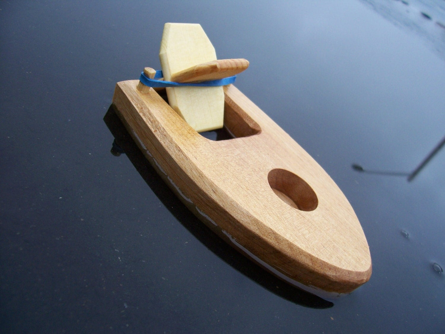 Items Similar To Toy Bathtub Boat With Rubber Band Powered