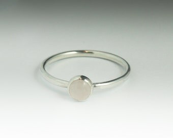 Love Stone Ring - Rose quartz Ring - Stackable Sterling Silver Rose quartz Ring