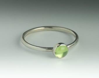Peridot Ring, Stackable Sterling Silver Peridot Ring, Peridot Ring Silver, Peridot Stacking Ring, Natural Peridot Ring, August Birthstone