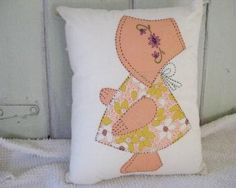 Pillow, Sun Bonnet Sue Vintage Quilt Top Piece, Dark Peach, Home Decor, For the Home