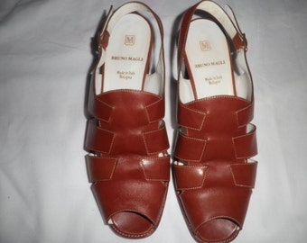 BRUNO MAGLI Shoes Cognac  Made in Italy Size 8 B Saks Fifth Ave Vintage Pre-owned