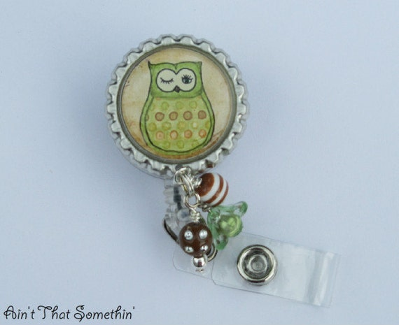 Green Hoot Owl Retractable Badge Reel with Bead Bundle - Bottlecap Badge Holder - Owl Badge Reel - Owl Gifts - Fun Badge Clips - Cute IDs
