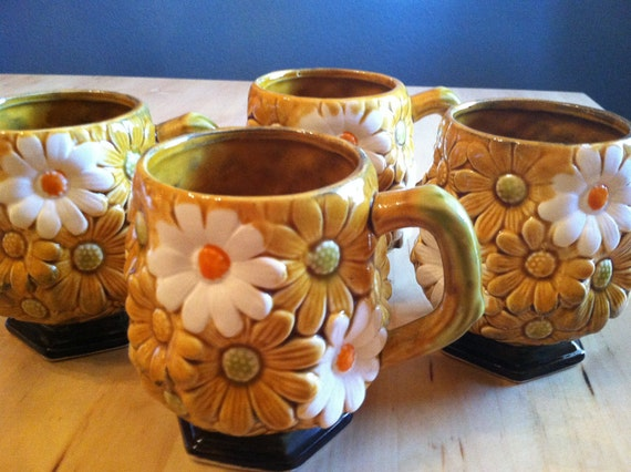 Vintage Coffee Cups Daisy Pattern 1950s Fred Roberts Co Tea Party