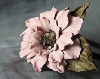 Leather flower on rubber headband art.V3R44-04
