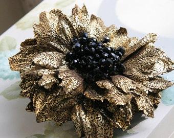 Leather flower brooch art.17V5RG