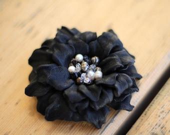 Leather Flower Brooch Dark Blue art.3V4R21