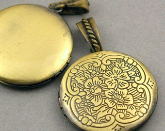 Flower Round Lockets with Bail Antique Brass tone 2pcs base metal Charms 32mm CK0009B
