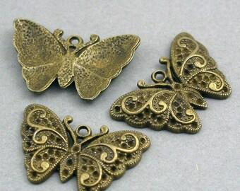 Butterfly Charms Antique Bronze 4pcs base metal beads 20X31mm CM0191B