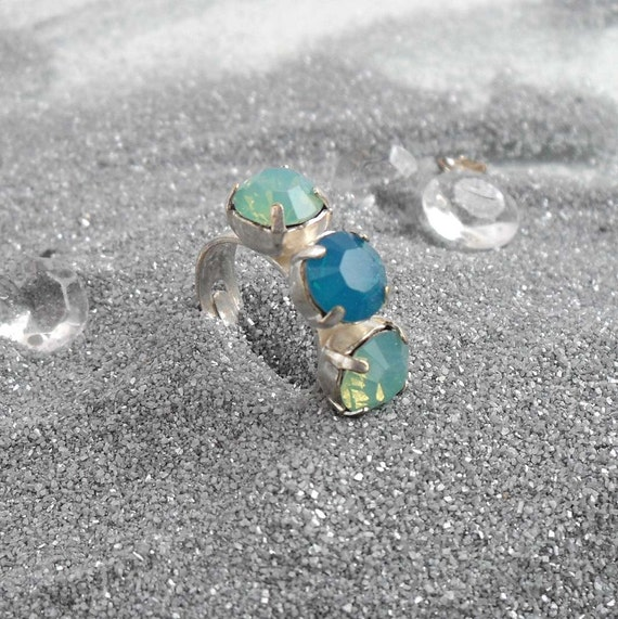 Adjustable Swarovski Crystal Ring Pacific Blue Opal Opalescent Ocean Jewelry Modern Silver Plated Blue Green Turquoise Glamourous
