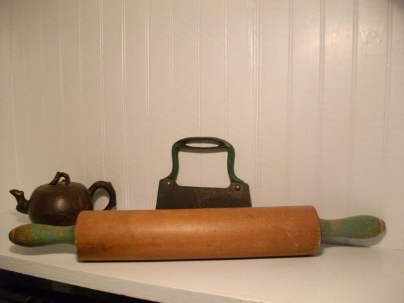 RESERVED for Virginia C//////Vintage Rolling Pin with Green Handles 1940's