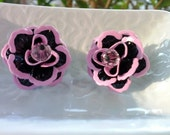 Stud Earrings Black and Petal Pink