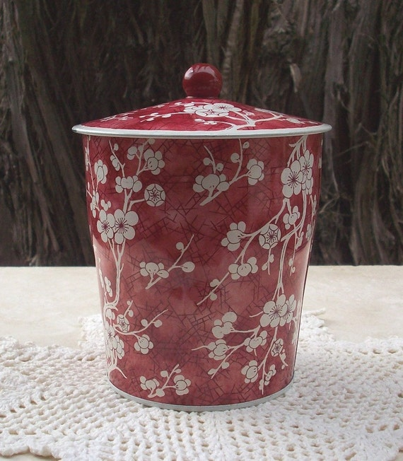 Vintage Daher Floral  Cherry Red Cherry Blossom Tin