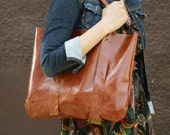 Large Shopper Bag in Camel Patent Leather