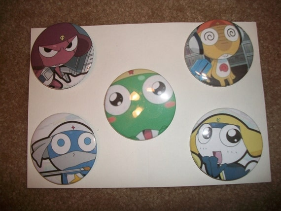 Adorable Anime buttons Set of FIVE Sgt frog Keroro Gunso 2 1/4 inch pin back button pins entire platoon of frogs in set