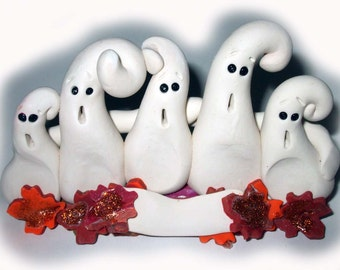 Polymer clay ghost family, 4 ghosts, personalized ghosts, Halloween ghosts