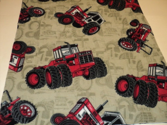 International Harvester Blanket. Ready To Ship. CHILD SIZE Minky And Fleece Blanket, Toddler Blanket, Childs Blanket. Red Tractors.