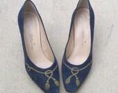 SALE:) Vintage Navy Suede Caressa Heels Size 10M