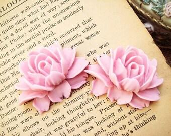 2 pcs Antique Big Rose Cabochon Baby Pink F-4