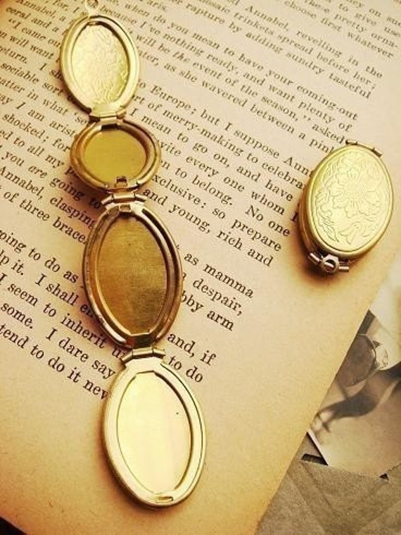 B53-2  3PCS Vintage Raw Brass Antique Style Folding Lockets