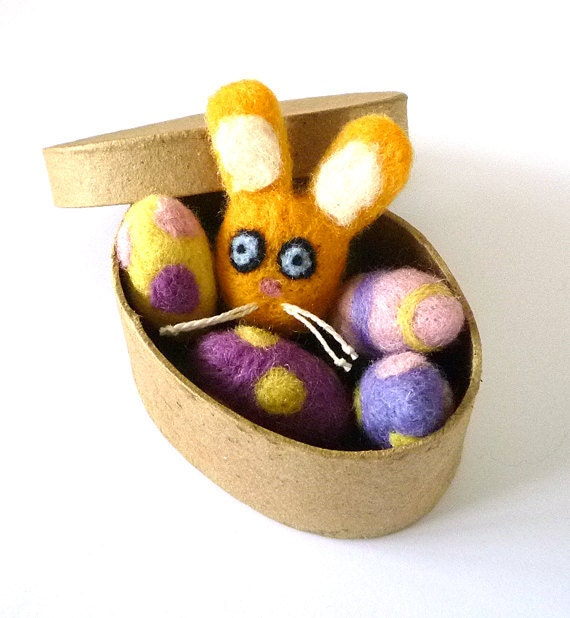 Easter Egg and Bunny Catnip Gift Box