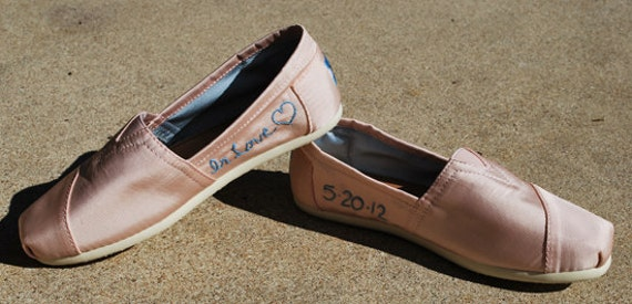 Custom Wedding shoes, Gifts for her, Unique Gift, Custom Toms, personalized wedding shoes, embroidered shoes, TOMS