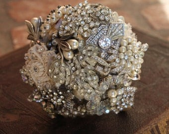 Brooch Bouquet Nosegay Mini