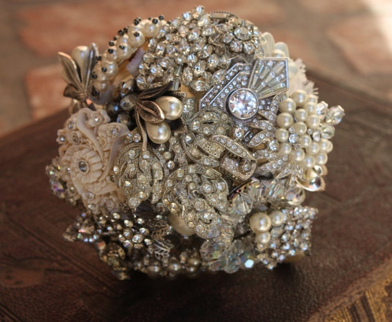 Brooch Bouquet Nosegay Mini