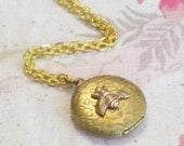 Vintage Brass Honey Bee Honeybee Floral Botanical Locket Gold Plated Chain Necklace TREASURY ITEM