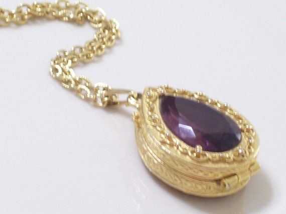 Vintage GOLDETTE Faux Amethyst Ornate Teardrop Locket Pendant Necklace Reversible