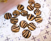Gold and Black Zebra Stripes Round Faceted 14mm Flat Back Rhinestone Cabochon 15 PCS