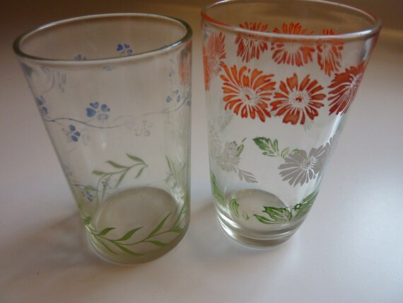 Vintage Swanky Swig Juice Glasses - Set of Two Children's Drinking Glasses