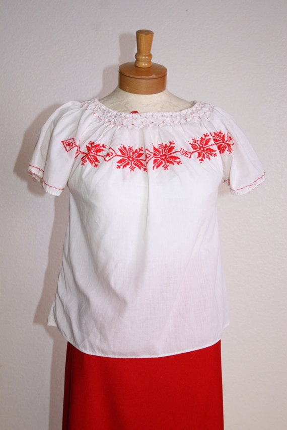 70s Embroidered Peasant Shirt Blouse