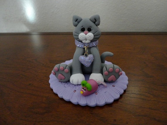 Polymer clay keepsake- Gray Kitty with Glittery Collar and Mouse Cake Topper/Keepsake (Lavender))