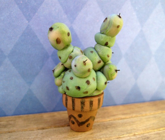 Magical Mimbulus Mimbletonia Plant in dollhouse miniature from the world of Harry Potter