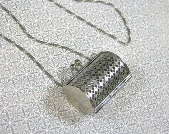"""Silver Filigree Purse Locket Necklace, 25"""" Figaro Chain"""