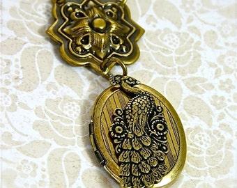 "Pristine Peacock Photo Locket Necklace, Vintage Gold 24"" Necklace"