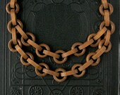 Art Deco Necklace . Chunky Wood Chain . 1930s .