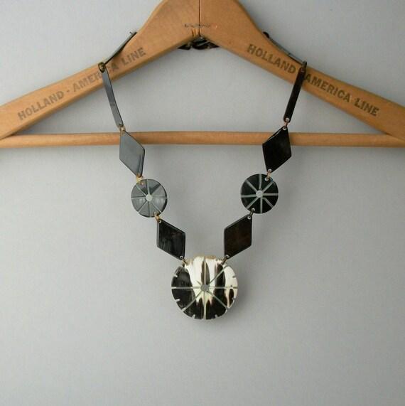 Art Deco Necklace . Geometric Horn . Reversible .