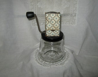 SALE  Vintage Androck nut chopper with atomic 1950's stars