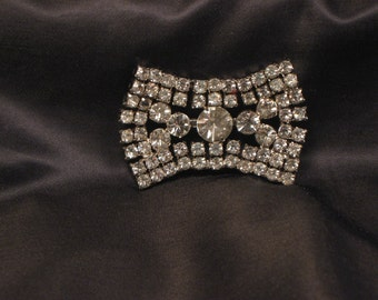 Rhinestone pin or brooch