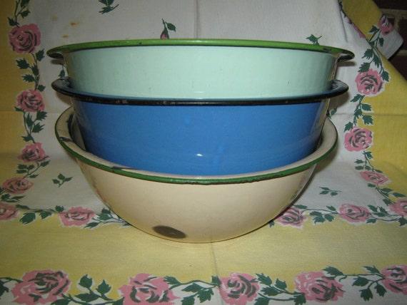 Enamelware bowls large in unusual colors set of 3