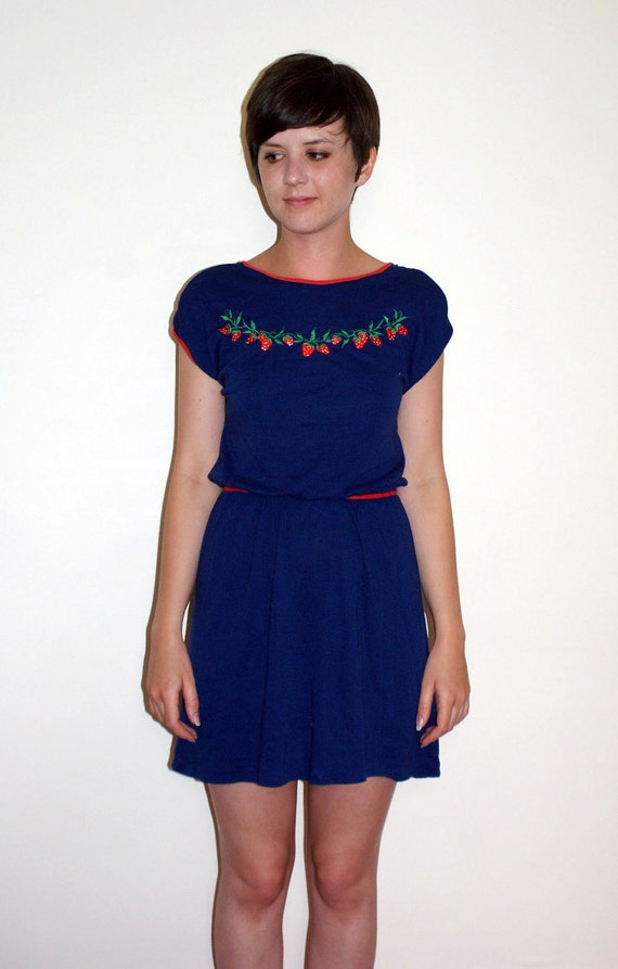 Super Cute Embroidered Strawberry Dress XS/S